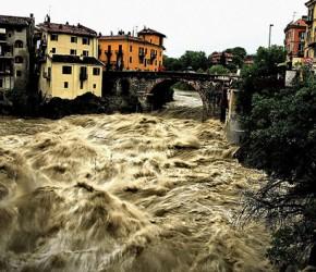 focus-RISCHIO-GEO-IDROLOGICO-ITALIA--471x353